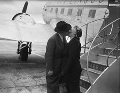 The Farewell Kiss, Dublin Airport, August Old Images, Old Photos, Dublin Airport, Old School, Ireland, Country, Couple Photos, Kissing, Fictional Characters
