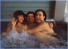 Gina Gershon, Jennifer Tilly and Joe Pantoliano in the hot tub smokin' cigars