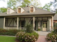 New Orleans cottage -  Al Jones Architect (houzz)