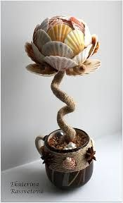 Imagem relacionada Sand Crafts, Beach Crafts, Summer Crafts, Diy And Crafts, Painted Driftwood, Driftwood Crafts, Seashell Art, Seashell Crafts, Paper Mache Projects