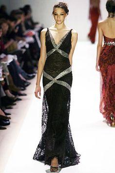 Monique Lhuillier Fall 2005 Ready-to-Wear Fashion Show - Alexandra Agoston