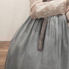 ㆍ ㆍ T H E D A N ㆍ ㆍ ㆍ ㆍ ㆍ ㆍ ㆍ ㆍ ㆍ ㆍ ㆍ ㆍ ㆍ #한복더단#더단#더단한복 #한복#혼주한복#결혼한복 #신부한복#예복#웨딩한복 #청담#강남#주말#토요일 #korea #beautiful #dress