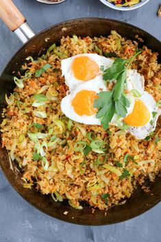 Nasi Goreng, Dutch Recipes, Asian Recipes, Wine Recipes, Cooking Recipes, Exotic Food, Indonesian Food, Vegas, Easy Healthy Recipes