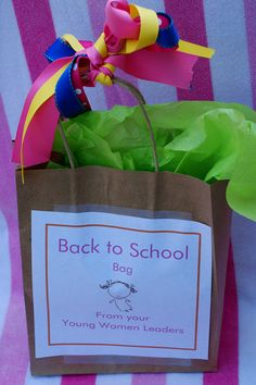 THis would be a cute gift on the first day of school for B's classmates next year.  :)
