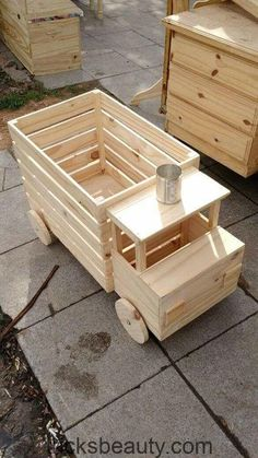 Craft stick crafts Wood toys Wooden projects Woodworking Wooden toys Wood d Wood Pallet Projects Craft Crafts Projects STICK toys Wood wooden woodworking Diy Projects For Kids, Diy Pallet Projects, Pallet Ideas, Kids Diy, Easy Wooden Projects, Projects With Wood, Wood Ideas, Easy Woodworking Projects, Woodworking Furniture