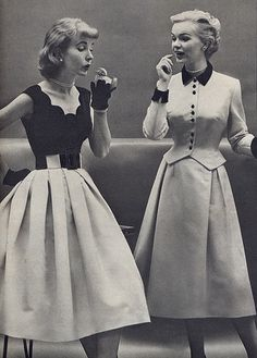 1950s scalloped neckline is so beautiful!