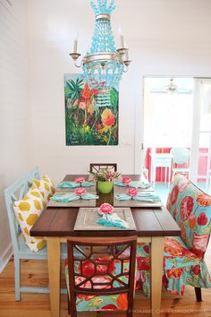 Cottage – Tybee Island, GA House of Turquoise: Sundew Cottage - Tybee Island, GAHouse of Turquoise: Sundew Cottage - Tybee Island, GA Dining Room Colors, Dining Room Design, Dining Room Furniture, Colorful Dining Rooms, Bedroom Colours, Beach Cottage Style, Beach House Decor, Home Beach, Do It Yourself Design