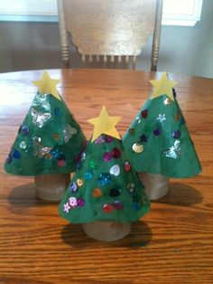 Preschool Christmas crafts....I want to try this with a coffee filter for the tree part.....