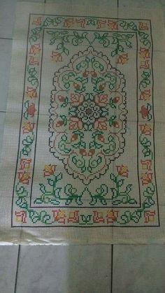 Cross Stitching, Cross Stitch Embroidery, Embroidery Patterns, Hand Embroidery, Cross Stitch Patterns, Lace Doilies, Crochet Doilies, Doily Wedding, Palestinian Embroidery