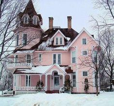 Imagem de house, pink, and snow