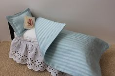 Really cute and cheap to make Barbie bed 5-7 bucks to diy