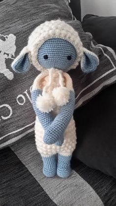 LUPO the lamb made by Johanne D. / crochet pattern by lalylala