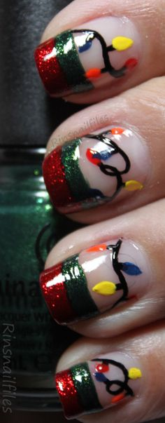 Christmas Nail Art - nailartgallery.nailsmag.com Nail Art Gallery