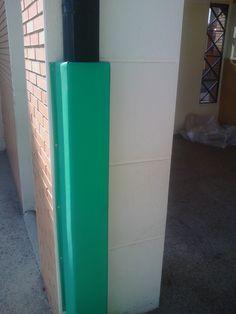 Protecciones de Columnas a Medida, espuma alta densidad y recubiertas de PVC. Todo tipo de coumnas, exentas, adosadas...
