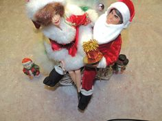 #1 A Ride On The Unicycle With Daddy Claus!