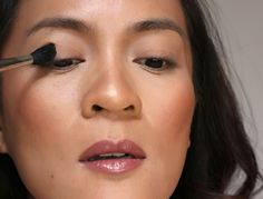 How to Do a Smudgy Liner Daytime Smoky Eye Smoky Eyeliner, Waterline Eye Liner, Winged Eyeliner Tutorial, Simple Eyeliner, Winged Liner, Cat Eye Makeup, Natural Eye Makeup, Emo Makeup, Eyeliner Makeup