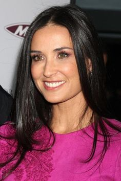 Demi Moore Square Face Hairstyles, Hairstyles Haircuts, Trendy Hairstyles, Demi Moore Hair, Lip Art, New Mexico, Paleo Vegan Diet, Winter Typ, Pin Up