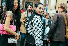 Mademoiselle Yulia (right) in Chanel #bows #streetstyle