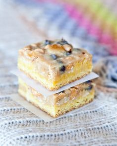 Coconut peanut butter magic cake bars from Averie Sunshine Averie Cooks -- kinda obsessing over thes Yummy Treats, Delicious Desserts, Sweet Treats, Cake Bars, Dessert Bars, Cake Mix Recipes, Dessert Recipes, Coconut Peanut Butter, Coconut Bars