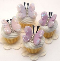 butterfly cupcakes by Lory