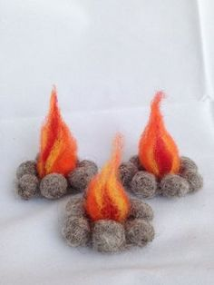 Create a magical play land out of almost any setting with this sweet felted campfire. Great for the nature table, playscape or dollhouse. NOTE: This listing is for ONE felted campfire. The photos illustrate how wonderful these can be in a variety of play settings. Each campfire is