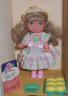 Cherry Merry Muffin Lily Vanilly Doll 1989