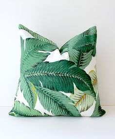 17 Ways To Introduce Botanical Designs Into Your Home Decor // Add a statement pillow to your couch collection with these tropical leaf pillows that bring color, comfort and botanicals into your home. Tropical Furniture, Tropical Home Decor, Tropical Interior, Modern Tropical, Tropical Houses, Tropical Pattern, Tropical Colors, Pillow Cover Design, Designer Pillow