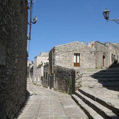 Sicilia Tour - Erice (TP) #sicilia #sicily #erice #trapani #italia #italy #italygram #siciliagram  #bestitaly