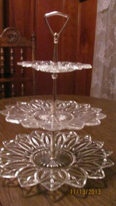 3 tier Federal plate server for cupcakes, sweets,