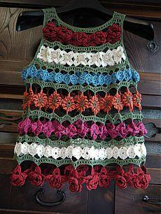Watch The Video Splendid Crochet a Puff Flower Ideas. Phenomenal Crochet a Puff Flower Ideas. Pull Crochet, Mode Crochet, Crochet Shirt, Knit Crochet, Crochet Tops, Freeform Crochet, Crochet Motif, Crochet Flowers, Crochet Stitches
