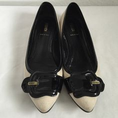 Fendi Black & White Flats Very good condition. FENDI Shoes Flats & Loafers