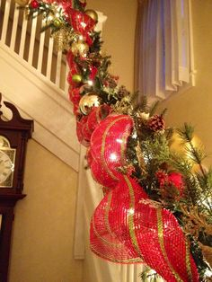 christmas staircase decorations - How To Decorate A Staircase For Christmas With Deco Mesh