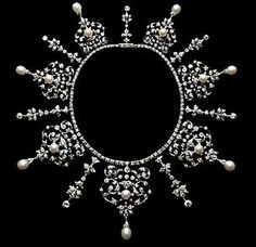 Tiara/necklace of unknown provenance