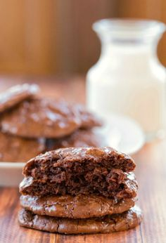 Rich and chewy chocolate, coconut, almond cookies that only have 85 calories per cookie!   #glutenfree #cookie #recipe
