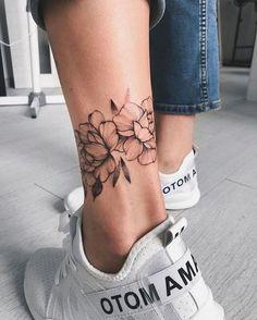 Mini Tattoos, Body Art Tattoos, Small Tattoos, Foot Tattoos For Women, Foot Tattoos Girls, Womens Ankle Tattoos, Ankle Tattoos For Women Anklet, Ankel Tattoos, Back Of Neck Tattoos For Women