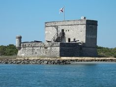 Discover Fort Matanzas National Monument in St. Augustine, Florida: This Spanish fort is made entirely of seashell and concrete. Spanish Fort, Sand And Water, Park Service, Most Beautiful Cities, Camping And Hiking, Florida Travel, Central Florida, Historical Sites, Outdoor Travel