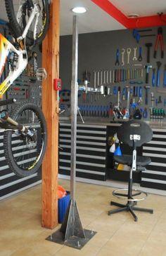 New bike shop garage Ideas – Garage Organization DIY Bicycle Garage, Bicycle Store, Bicycle Tools, Bike Shed, Workshop Storage, Garage Workshop, Bike Storage Home, Garage Atelier, Bike Room