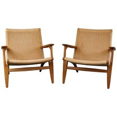 Pair of Hans Wegner CH25 Chairs in Oak and Paper Cord