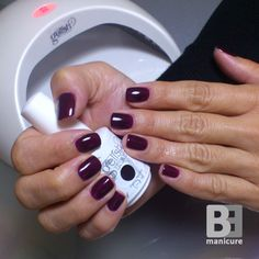 Gelish Love Me Like A Vamp (01578) # Under Her Spell Collection