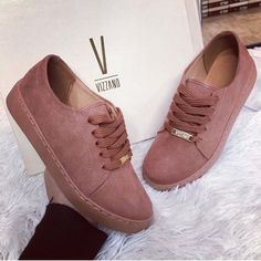 Girl's fashionable sneakers in pinky shades - Mode - Sock Shoes, Cute Shoes, Shoe Boots, Shoes Sandals, Me Too Shoes, Ankle Boots, Girls Sneakers, Girls Shoes, Shoes Sneakers