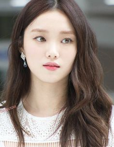 Similar to the previously mentioned Korean skin care trends cloudless skin involves harnessing our pore-refining and brightening products to achieve skin as luminous and even as well a cloudless day. Korean Actresses, Korean Actors, Korean Idols, Korean Dramas, Korean Style, Korean Beauty, Asian Beauty, Lee Sung Kyung, Weightlifting Fairy Kim Bok Joo