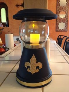 Lanterns for the Cub Scouts Blue & Gold Ball!