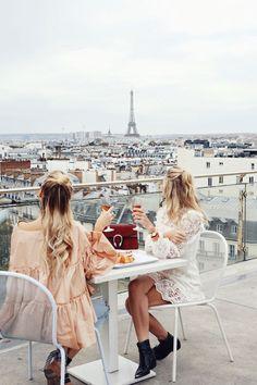 WATCH OUT PARIS