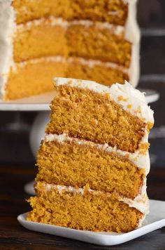 Pumpkin Dream Cake: