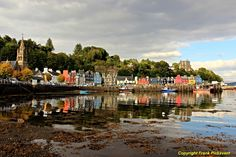 https://flic.kr/p/yRUyH4 | Multicoloured Tobermory | I was in the Highlands and Islands a couple of weeks before voting in the Scottish independence referendum and kept seeing the word Yes wherever I went. In Tobermory the word Yes is seen in white letters above the first red building after the church. Voters had to answer yes or no to the question should Scotland be an independent country? The No side won, with 55.3% of the vote. Tobermory is the capital of the isle of Mull, in the…