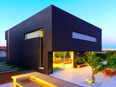 Beautiful Houses: Rishon Le Zion House 3: http://www.playmagazine.info/beautiful-houses-rishon-le-zion-house-3/