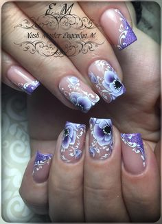 Here is a tutorial for an interesting Christmas nail art Silver glitter on a white background – a very elegant idea to welcome Christmas with style Decoration in a light garland for your Christmas nails Materials and tools needed: base… Continue Reading → Nail Polish Art, Gel Nail Art, Gel Nails, Purple Nail Art, Pretty Nail Art, Fancy Nails, Cute Nails, Acrylic Nail Designs, Nail Art Designs