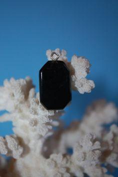 @BlackCoral4you Black Coral Pendant / Coral Negro Pendiente o Dije  http://blackcoral4you.wordpress.com/necklaces-io-collares/