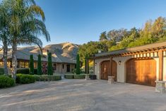 $3475000 - 282 El Caminito Road, Carmel Valley 93924 - 4 beds / 2 baths #monterey #montereyhomes #montereyrealestate #montereyrealtor #93924 #Carmel Valley #montereyProperties This gorgeous 1.57 ac property features the best Carmel Valley has to offer! Amazing forever valley views with the finest luxury finishes and attention to every detail. Including; hand chiseled stone, hand-crafted stone tiled ceilings, solid wood cabinetry, substantial wood windows and doors, all new ultra-high-end applian Wood Windows, Windows And Doors, Real Estate Houses, Estate Homes, Carmel Valley, Monterey County, Valley View, Ceiling Tiles, California Homes
