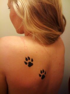 Mountain lion paw prints...should be bigger but <3